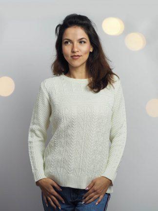 feminin-und-elegant-wirken-winter-pullover-2019