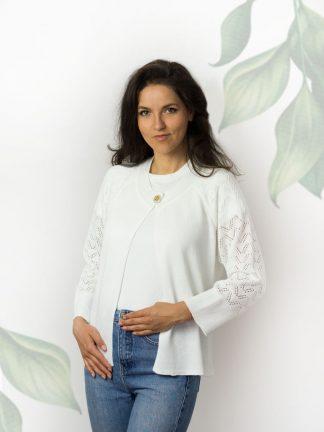 weiße Baumwolljacke mit schickem Ajour und Accessoires